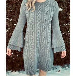 ELIZA J cable knit flare sleeve grey sweater dress